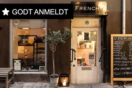 Spar 15% i aften: Tag på en rejse til Frankrig med autentiske franske retter, fransk musik og franske tjenere hos Frenchy. Book hér og få rabat på hele regningen i dag!