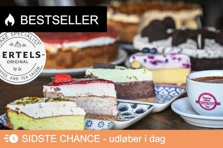 Frit valg hos Bertels . Besøg caféen på Falkoner Allé, der er kendt for deres overdådige cheesecakes