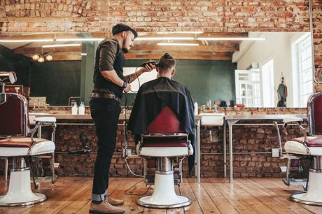 £8 for a barber training online course from One Education