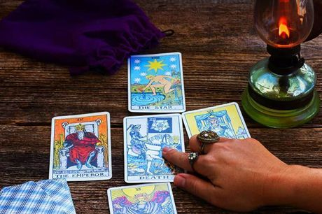 £5 for a 13-card tarot reading via email from Daffodil Tarot