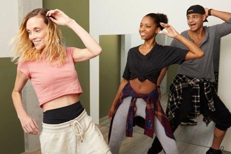 8 lezioni di Social Dance da 45 minuti per una o 2 persone con Salsa De Cuba (sconto 89%). Valido in 3 sedi