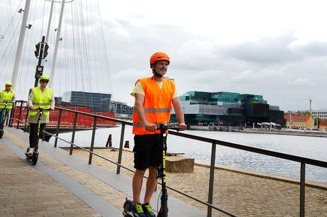 Oplev København på en helt ny måde og kom med på en 2-timers guidet tur rundt i København på el-løbehjul. Kan købes enkeltvis eller til grupper på minimum 5 og max 12 personer.