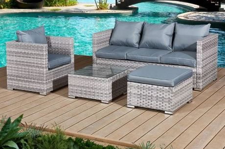 £599 for a 5-seater Acorn rattan furniture set from OSeasons - save 39%