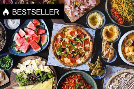 Stor weekendbrunch hos DEJ. Nyd klassiske brunch-retter OG anmelderroste pizzaer!