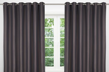 """£24.99 for a pair of 66"""" x 72"""" thermal blackout curtains or curtains, or £31.99 for 90"""" x 90"""" curtains!"""