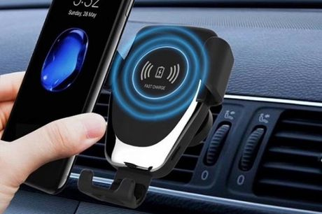 £6.99 instead of £25.99 for a Qi fast wireless car charger from Pinkpree – save 73%