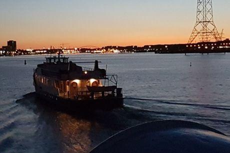 Party-boot-arrangement: 2 of 2,5 uur varen over het Amsterdamse IJ incl. tapasplank of barbecue met B2B Cruise