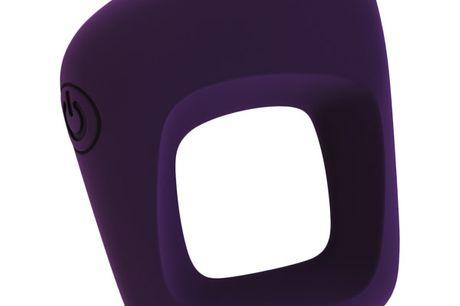 Vive Senca Genopladelig Penisring med Vibrator. Vil I gerne krydre jeres sexliv op med en kraftfuld vibrator, der giver intens nydelse til jer begge, så er Vive Senca penisringen et super godt valg. Den har et innovativt design, og den kraftige motor vil
