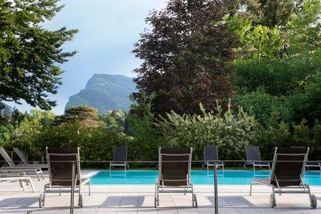 Italia Comano Terme - Vital Hotel Flora 4* a partire da € 47,00. Benessere e Spa in una rinomata località termale