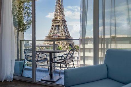 Francia Parigi - Pullman Tour Eiffel 4* a partire da € 109,00. Immersione parigina con magica vista sulla Tour Eiffel