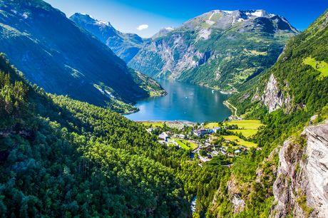 Krydstogt til Norges fjorde. Kom på et fantastisk krydstogt fra København til Norges smukke og naturskønne fjorde i 2022. Betal kun depositum nu