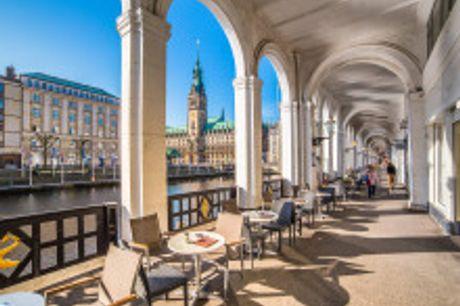 Sommerliche Auszeit in der Hansestadt. Das im November 2017 neu errichtete 3-SterneStadthotel Hamburg überzeugt durch seinen überdurchschnittlichen Standard und seiner hanseatischen Art: Gastfreundschaft, Unkompliziertheit und Hilfsbereitschaft