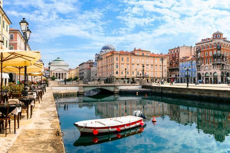 Italia Trieste - The Modernist Hotel  a partire da € 50,00. Mix di modernità e storia in una città dal fascino imperiale