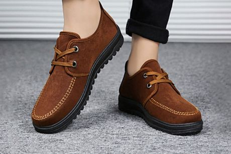 £13.99 for a pair of men's casual deck shoes from MBLogic