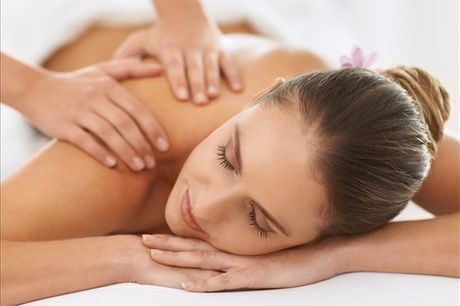 Para si ou para oferecer, desfrute de uma massagem que o irá fazer sentir-se com as energias renovadas. Na Clínica Body Face Carnide, 1 sessão de massagem por apenas 6,9€