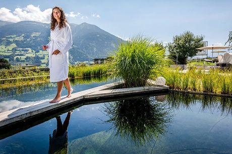 Wellnessvakantie in Zillertal Tot rust kom je in dit prachtig, luxe Hotel Crystal in Fügen met enorm wellnesscentrum waar je geniet van het uitzicht op Oostenrijks pracht; de bergen in Tirol.