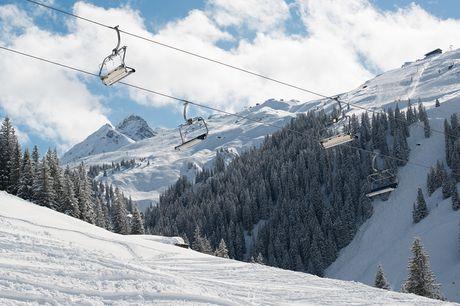 4 dgn skiën in Montafon Er gaat niets boven het prachtige Oostenrijkse landschap in de winter. Verblijf 4 dagen in het skigebied Silvretta in Montafon. Nu incl. skipas en ski- of snowboarduitrusting.