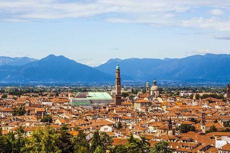 Italia Vicenza - SHG Hotel de la Ville 4* a partire da € 25,00. Eleganza e modernità nella città del Palladio