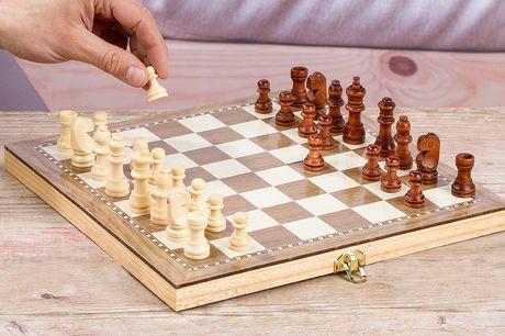 3-in-1 schaakbordspel Bord kan worden opgevouwen<br /> Keuze uit schaken of backgammon <br /> Ideaal voor een gezellige avond thuis!
