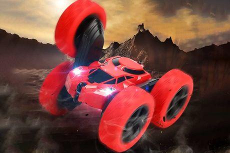 Coche de acrobacias RC 360 para niños. ¡Tus niños haránacrobacias por la oferta de hoy!Te ofrecemosun coche de acrobacias RC 360 para niñospor  13,99 €.