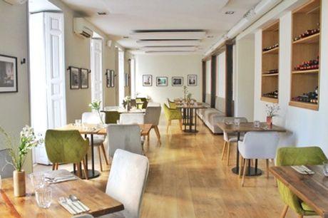 Menú de tapeo o premium para 2 o 4 personas con entrante, principal, postre y bebida en La Marchante