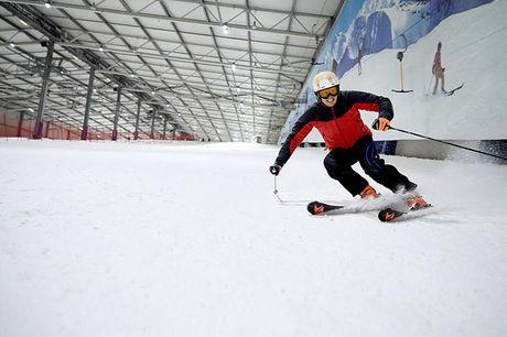 Tyskland: Indendørs ski, mad, drikke og skileje