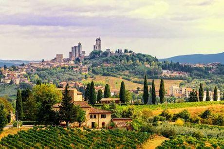 Italia San Gimignano - Hotel Relais La Cappuccina 4* a partire da € 44,00. Comfort e relax in stile Liberty con Spa