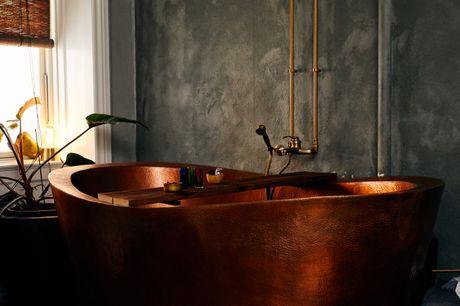 Besøg det eksklusive Hotspot Copenhagen, hvor Spa by Dimitrovas byder på skønne spa- og massagebehandlinger for 2 personer.