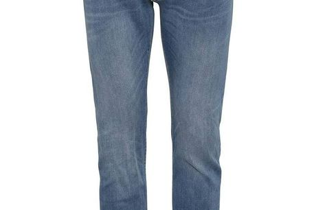 Robbie Jog jeans lys blå. Jog jeans er meget lette bomuldsjeans med masser af stræk - super komfortable at have på, samtidigt med at man kan ånde i bukserne. De føles mærkes som jogging bukser, men ligner helt almindelige jeans Vaskevejledning:Vaskes ve