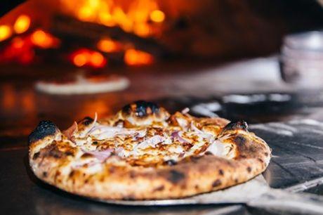 Menu pizza con dolce per 2 o 4 persone, I Fratellini Cucina Casereccia Romana Piazza Navona (sconto fino a 65%)