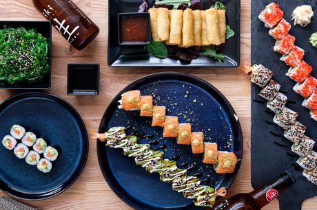 40 stk. sushi inkl. 10 springrolls og tangsalat. Få nem og lækker aftensmad hos Shibuya Sushi