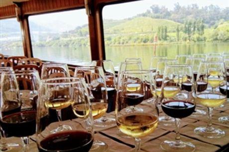 CRUZEIRO das 6 PONTES do PORTO com Prova de Vinho do Porto a Bordo Para 2 Pessoas Por 33,50€. Visite um dos Melhores Destinos Europeus.