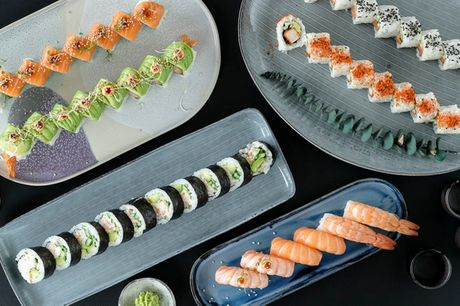 Genki Sushi: Super lækker sushi. Vælg mellem 34 eller 48 stk. take away-luksus
