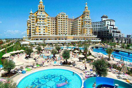 Luxe 5-sterrenresort Turkije Ben jij toe aan een zonovergoten vakantie? Boek nu jouw luxe All Inclusive vakantie aan de Turkse Riviera met korting. Aan het strand, winkels op loopafstand en verschillende zwembaden.