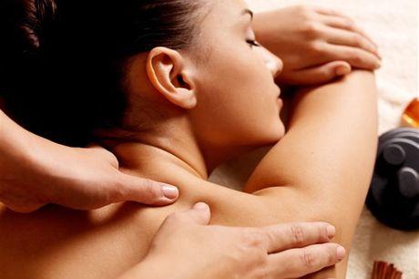 1h para se mimar e aproveitar! Desfrute de uma massagem à escolha entre: Terapêutica, Oriental (Bambú), Pindas por apenas 39,90€